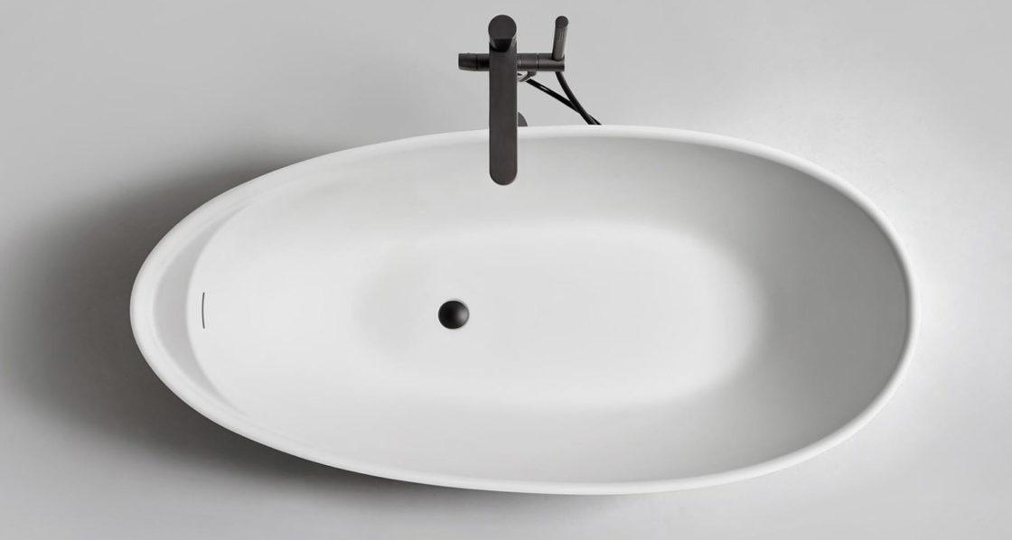 Showroom de bañeras para profesionales en Barcelona